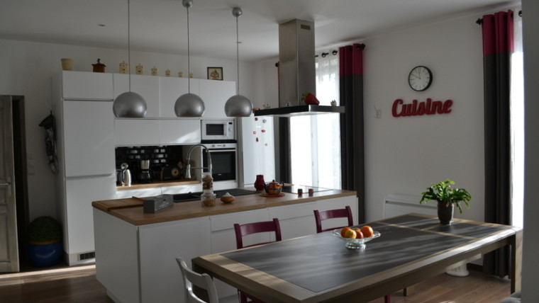 APPARTEMENT DE 100 m² Boulevard Blossac Loué  Réf 2098