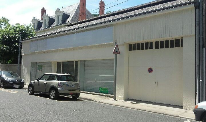Local Commercial Centre-Ville de 300m²   réf L.2