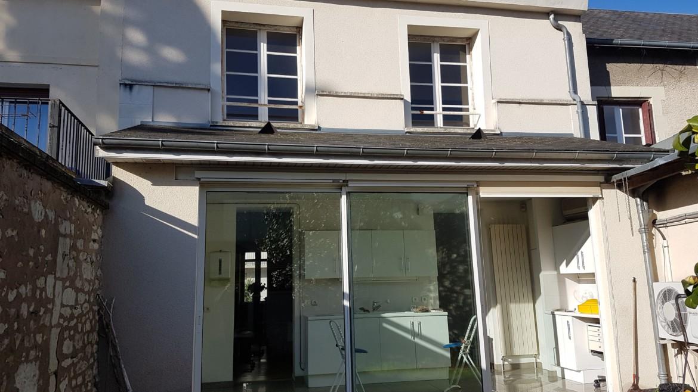 MAISON DE VILLE DE 120 M² PROCHE GARE CHATELLERAULT Réf 2203