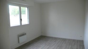 APPARTEMENT F3 DE 70 m² AU REZ DE CHAUSSÉE DE LA RÉSIDENCE «LE TURGOT» CHATELLERAULT Réf 2275