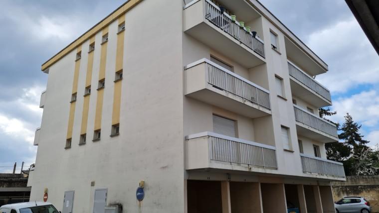 APPARTEMENT F2 DE 42 M² DANS LA RESIDENCE LE BERRY A CHÂTELLERAULT Réf 2366